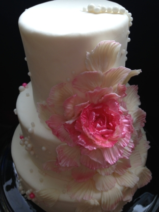 Cake Betty Cafe & Cakery - Bakeries