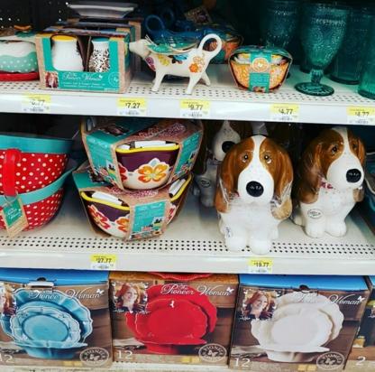 Walmart Supercentre  - Department Stores - 450-682-1423