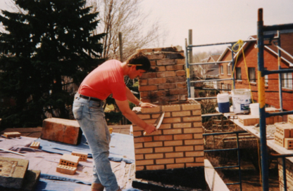 Les Entreprises Denis Hudon Enr  - Foyers - 450-619-9003