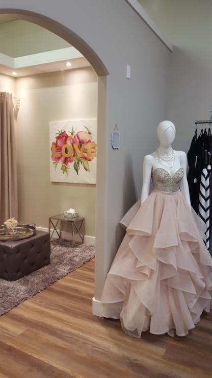 Novia Mia Bridal - Boutiques de mariage - 403-986-3925