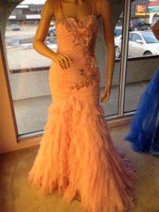 Icings Bridal Boutique - Bridal Shops - 780-594-4064