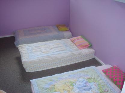 Happy Feet Daycare - Garderies - 250-941-2498
