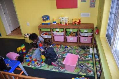 Les Bambins du Quartier - Garderies - 438-228-9382