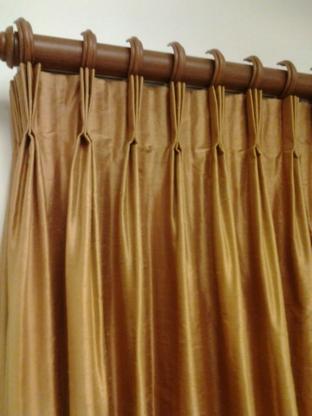 Gracie's Draperies & Interiors - Curtains & Draperies - 604-600-3781