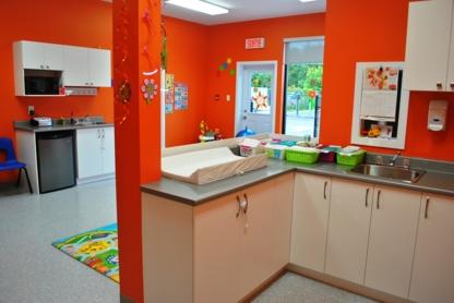 La Petite Maison Johannaise - Childcare Services - 450-376-4422