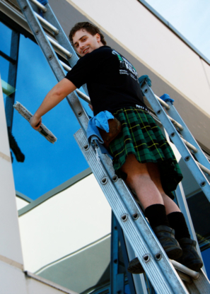 Men In Kilts Window Cleaning - Eavestroughing & Gutters - 519-800-5505