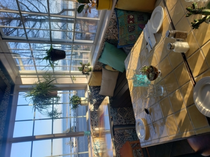 Auberge La Marmite Café Bistro - Fine Dining Restaurants