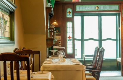 Chartreuse Country Restaurant - Pubs - 289-273-0199