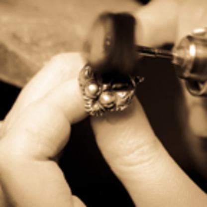 Studio1098 - Jewellers & Jewellery Stores - 416-944-1098