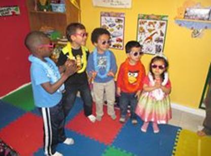 Crétavie - activités créatives pour enfants - Children's Service & Activity Information