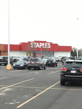 Staples - Fournitures de bureaux - 403-317-4530