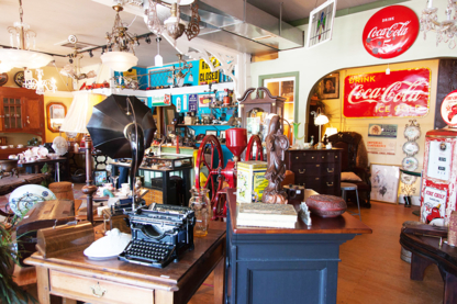 Country Lane Antiques - Antique Dealers