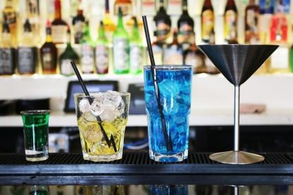 Metropolitan Bartending School - Barmans et maîtres d'hôtel