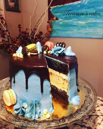 Treasure's Cakes - Restaurants - 306-546-5599