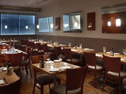 Paese Ristorante - Italian Restaurants - 416-631-6585