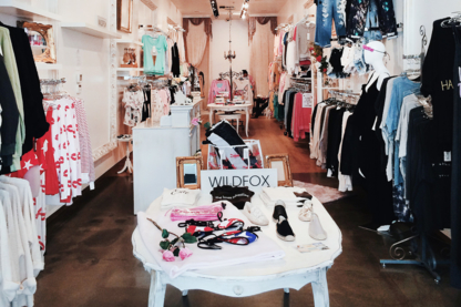 High Street Fashion - Women's Clothing Stores