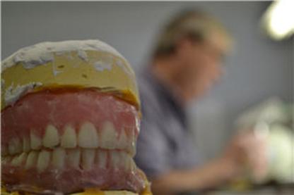 Love Allan V - Teeth Whitening Services - 403-278-8484