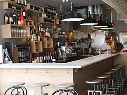 Ascari Enoteca - Restaurants - 416-792-4157