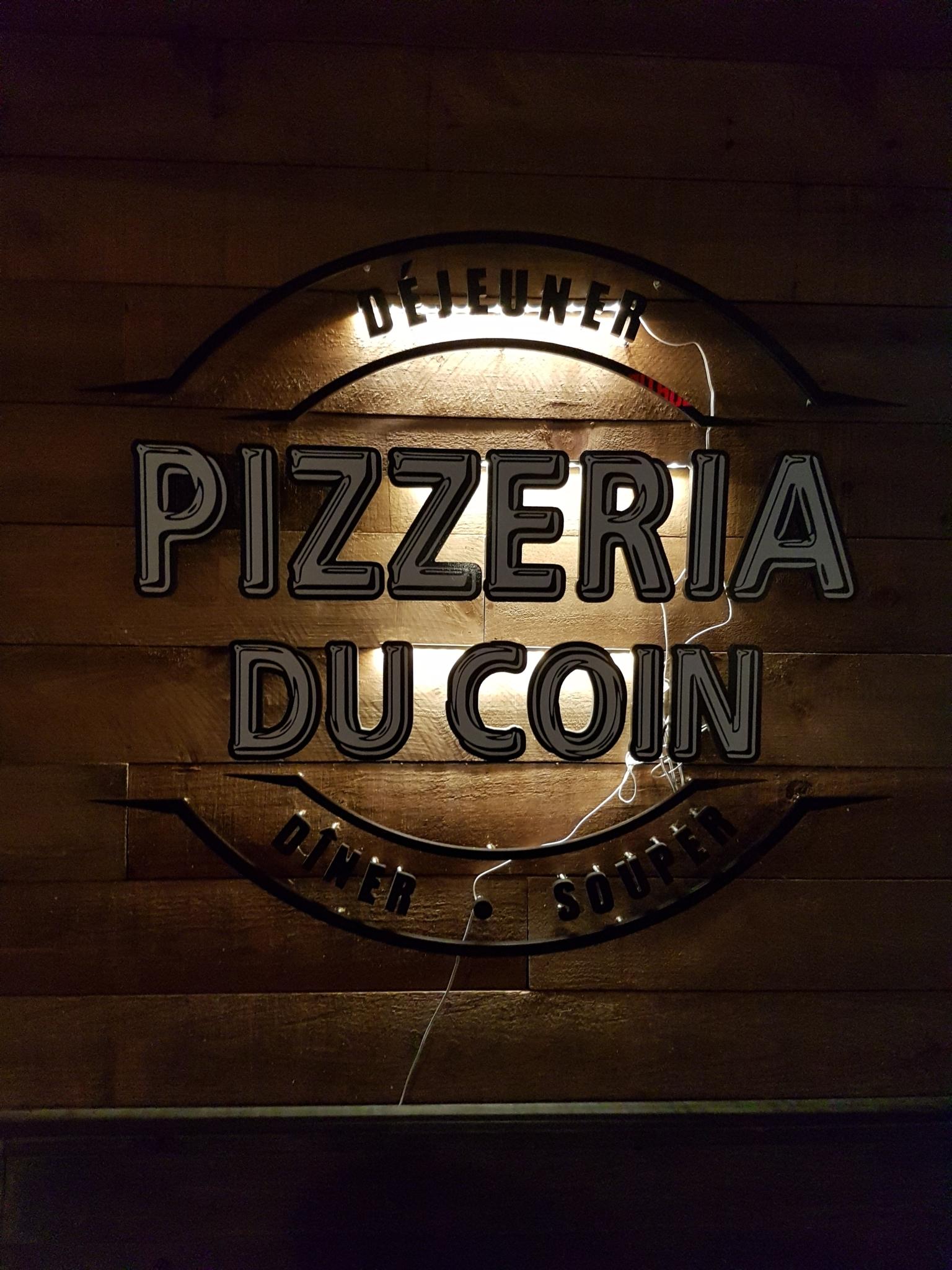 pizzeria du coin horaire d 39 ouverture 2391 rue. Black Bedroom Furniture Sets. Home Design Ideas