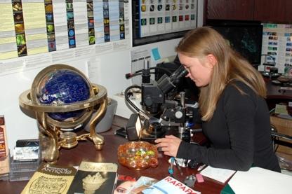 Beck Gemmological Laboratory Inc - Antique Dealers - 780-705-8505