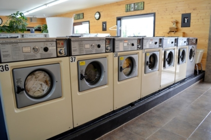 Aloha Laundry Cafe - Laundromats
