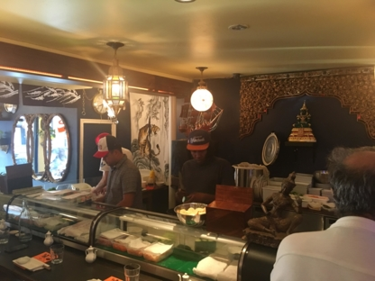 Saint Sushi Bar - Restaurants