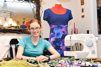 Sarah's Sewing - Women's Clothing Stores - 905-242-4251