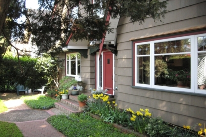 Point Grey Guest House - Bed & Breakfasts - 604-222-4104