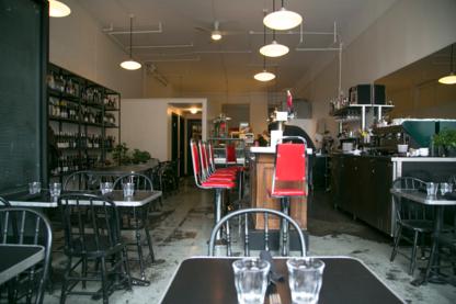 Bistro Chez Elda - 438-387-6050