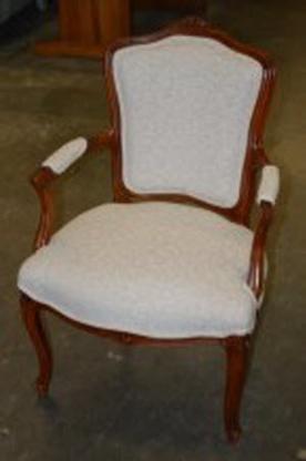 Voir le profil de Updated Furniture Inc - Rockcliffe