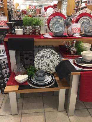 Stokes - Gift Shops - 450-688-3623