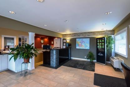 Canadas Best Value Inn - Motels - 250-563-3671