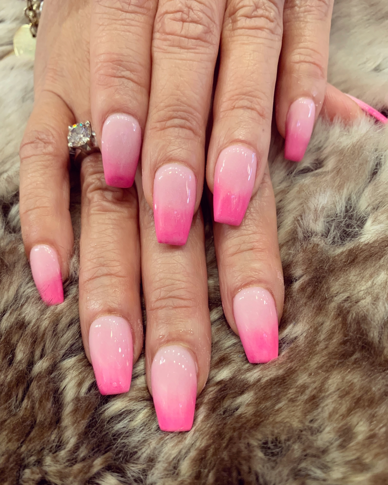 Dn Nails And Spa 1556 Merivale Rd Nepean On
