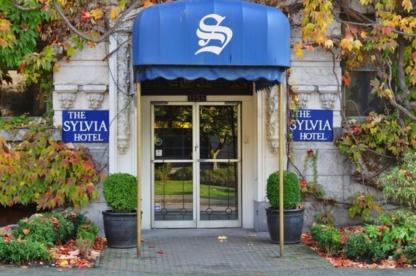 Sylvia's Restaurant & Lounge - Restaurants - 604-681-9321