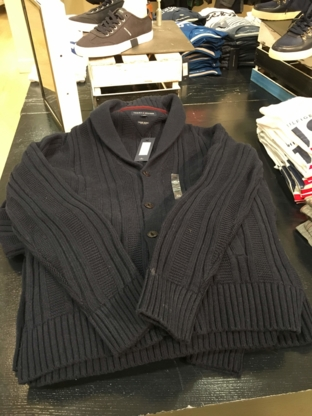 Tommy Hilfiger - Men's Clothing Stores - 604-630-1020