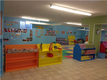 ESG Child Play Care Centre - Garderies - 403-250-1066