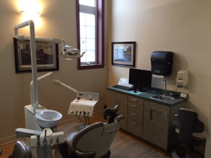 Doaktown Dental Clinic - Dentists - 506-365-4441