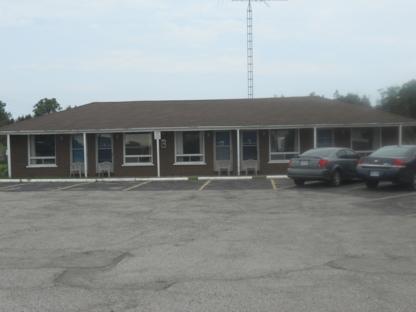 Twin Oaks Motel - 905-983-5856