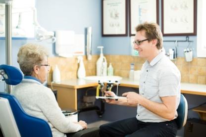 Vernon Denture Clinic - Cliniques et centres dentaires - 250-542-9117