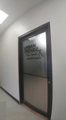 Urban Trendz Hair Studio - Salons de coiffure et de beauté