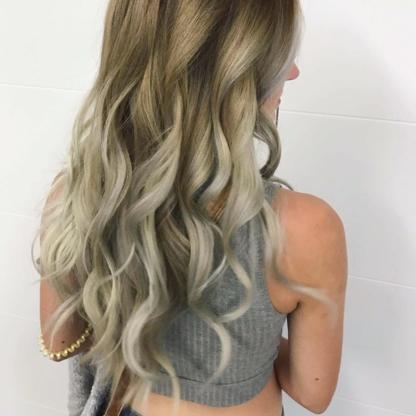DastousDio Salon & Spa - Salons de coiffure et de beauté