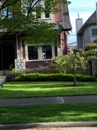 Grass Cutting & Blackberry Bush Removal - Landscape Contractors & Designers - 778-549-2220