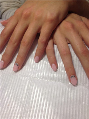 Belle Nature Ongles Design - Ongleries - 514-929-5607