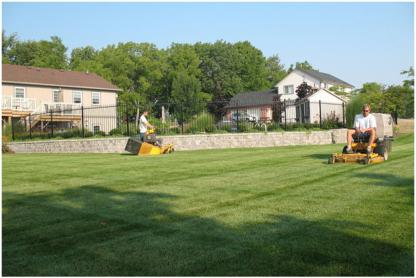 Lake Erie Property Maintenance - Lawn Maintenance - 905-835-2639