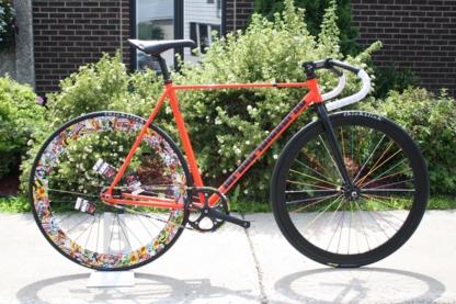 La Roue Qui Tourne - Bicycle Stores - 450-401-0690