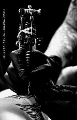 Stiletto Custom Tattoo Studio - Tattooing Shops - 613-257-4343