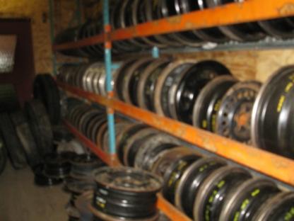 Joyal G Pièces D'autos Inc - Garages de réparation d'auto - 819-397-4590