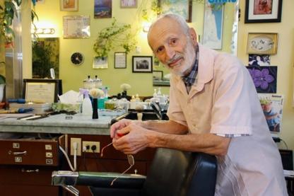 MacKenzie Heights Barber Shop - Barbers - 604-261-7611