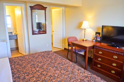 Value Inn - Motels - 613-745-1531