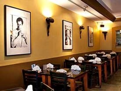 Piazzetta - Restaurants italiens - 416-781-1717